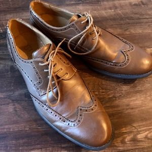 GUESS Brown Oxford Shoes